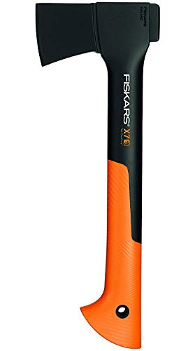 Fiskars Hacha pequeña universal, Estuche incluido, Longitud: 35,5 cm, Negro/Naranja, X7-XS, 1015618