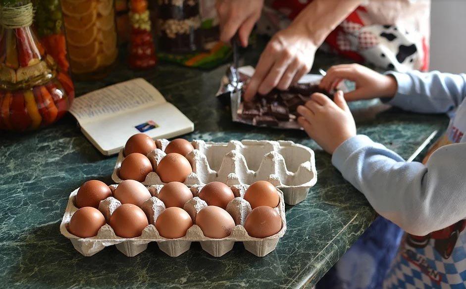 Cubiertos infantiles, consejos apra enseñarles a usar los cubiertos infantiles