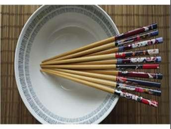 Set de palillos chinos