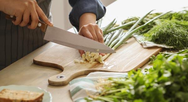 ¿Se pueden lavar los cuchillos en el lavavajillas?